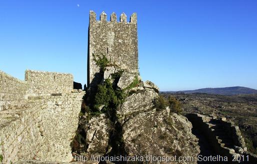 Portugal - sortelha - torre do castelo - Glória Ishizaka