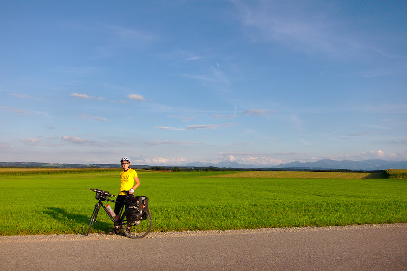 Pedaling during the warm summer hours through southern Germany, on the way back to Romania.