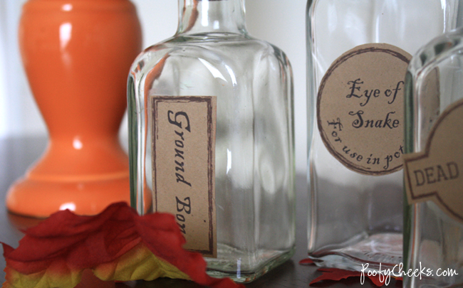 Free Halloween Apothecary Printables by www.poofycheeks.com
