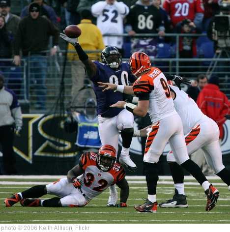 'Carson Palmer' photo (c) 2006, Keith Allison - license: http://creativecommons.org/licenses/by-sa/2.0/