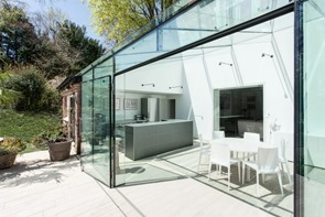 the-glass-house-by-ar-design-studio