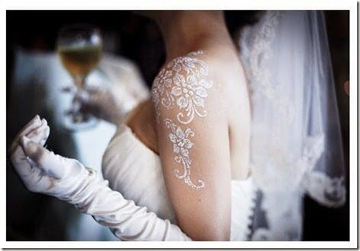 Swarovski henna for brides - to give brides extra glow on their wedding day.