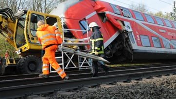 3 killed in German train crash, police say