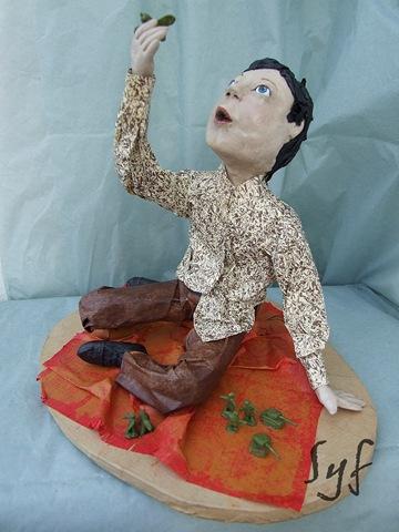 muñeco papel mache3