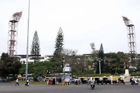 Chinnaswamy Cricket Stadium Bangalore.jpg