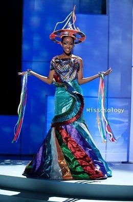 miss-uni-2011-costumes-56