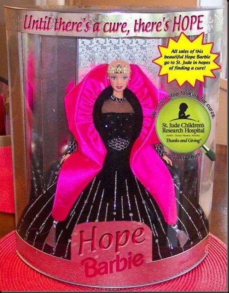 Barbie-calva-bald-and-really-beautiful-princess-2013-muñecas-Barbie-juguetes-Pucca-juegos-infantiles-niñas-cancer-hospital-chicas-maquillar-vestir-peinar-fashion-belleza-princesas-bebes-facebook-17