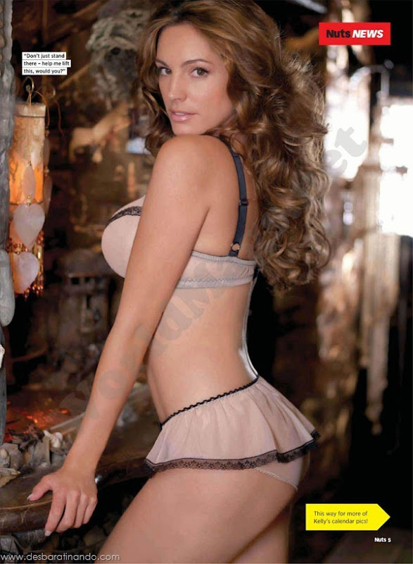 Kelly-Brooklinda-sensual-photoshoot-pics-boob-desbaratinando (18)