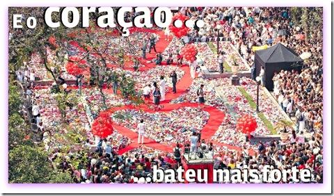 Imagem da praça Mauá no dia da Ação do Coração, Santos, 02/08/2012