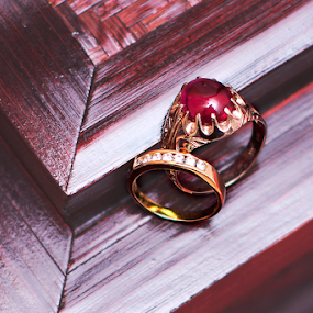 tHE rING by Zakaria Sahli - Artistic Objects Jewelry ( canon, ring, malaywedding, artistic, gold, object )