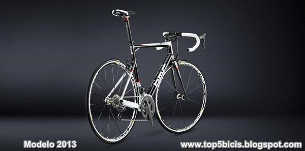 BMC RACEMACHINE RM01 2013 (3)