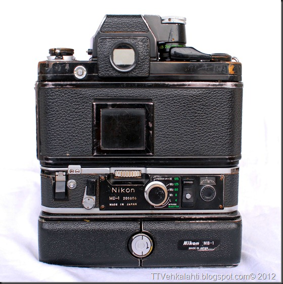 Nikon F2 sumukuvia 023