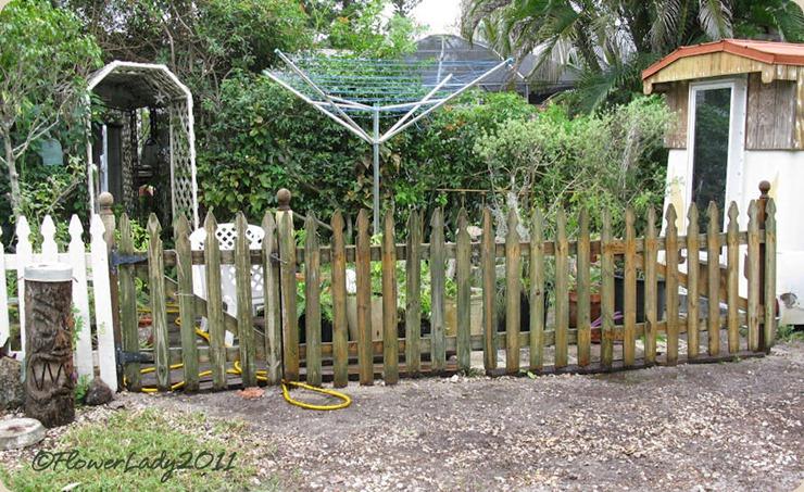 10-16-picket-fencing