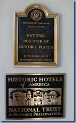 2407 Pennsylvania - Gettysburg, PA - Lincoln Highway (US 30)(York St.) - roundabout - 1797 Gettysburg Hotel National Historic Place sign