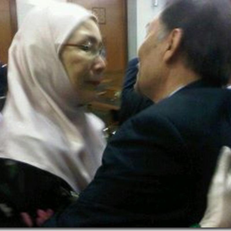 Video diperkarangan mahkamah   Anwar dibebaskan.