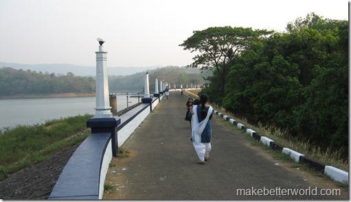 Vazhani Dam view