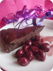Choklad- och körsbärskladdkaka