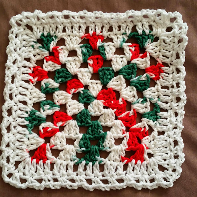 Crochet Patterns Using Peaches And Cream Yarn : Debbi-a1: Christmas Dishcloth 2