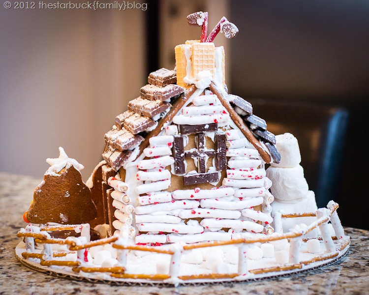 Gingerbread Houses 2012 blog-26