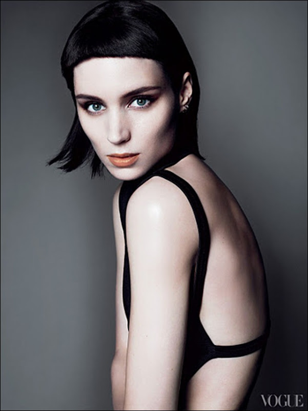 Vogue-USA-11-2011-Rooney_Mara-06