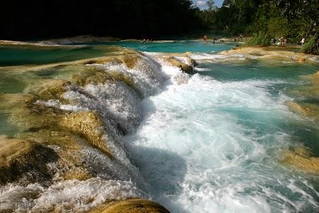 Agua Azul din Mexic