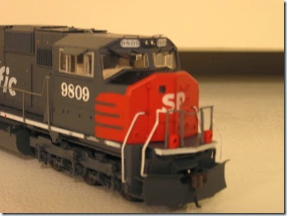 IMG_0734 Athearn Genesis SD70M Southern Pacific #9809