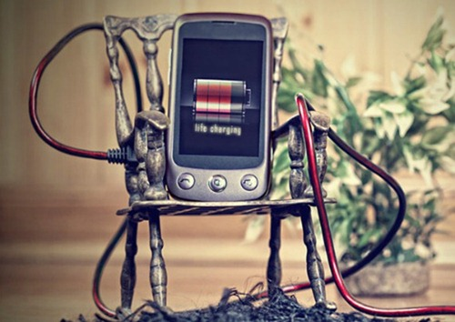 phone charging شحن الهاتف