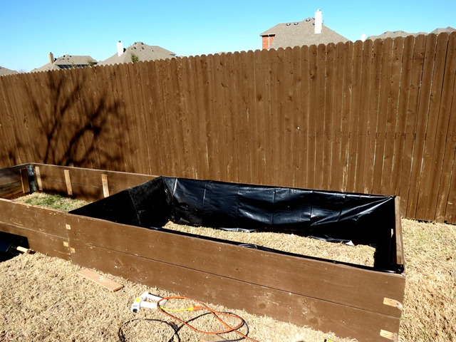 building raised garden box style with cents1b