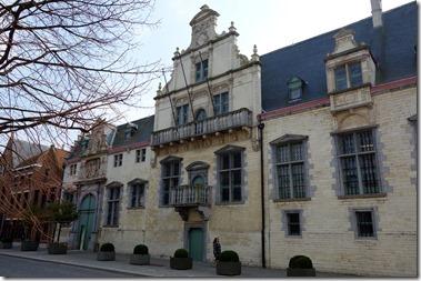 マルガレータの宮殿 Paleis van Margareta van Oostenrijk(Keizerstraat)
