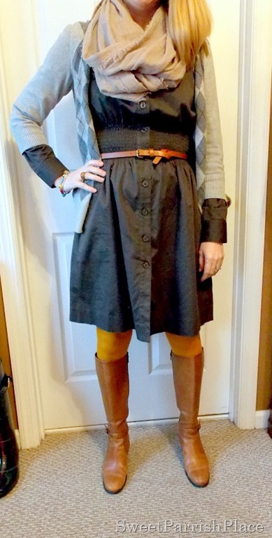 grey dress with mustard tights and brown boots4