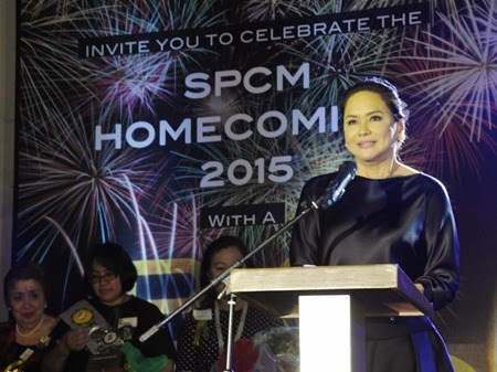 ABS-CBN president and CEO Charo Santos Concio personally receives her Fleur de lis Award at St. Paul University Manila