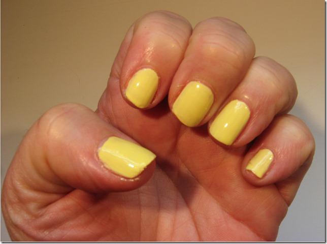 Pina Colada Nails