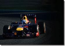 Vettel nelle prove libere del gran premio del Giappone 2013