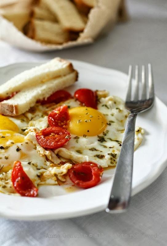 uova origanoe pomodorini