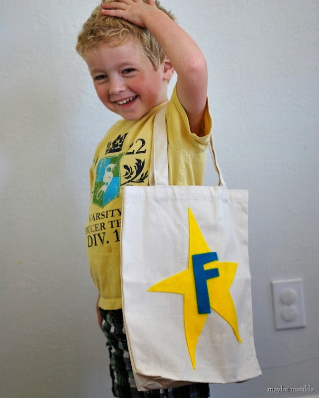 Make an easy, no-sew personalized tote bag for your little one to carry to preschool!
