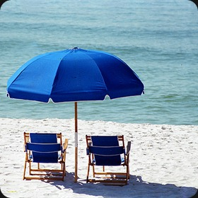 Dewey-Beach-Service-Umbrellas-Chairs-Lynam