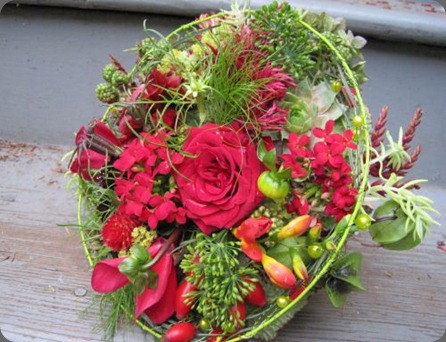 red-whimsical-bouquet-Françoise-Weeks