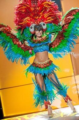 miss-uni-2011-costumes-34