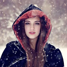 _DSC0127_Portrait+Snow-Winter-NewYear.jpg