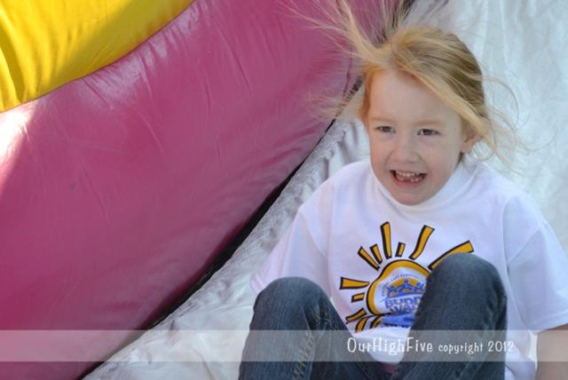 09-2012-BW-slide-`