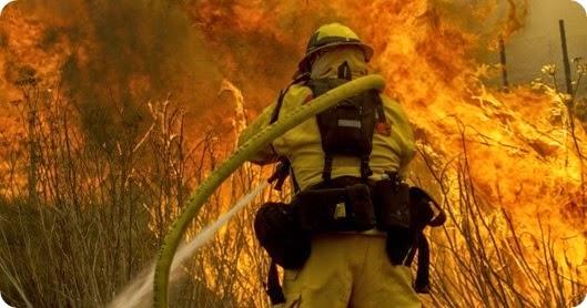 día combatiente incendios forestales