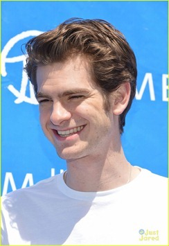 andrew-garfield-spider-delivery-03