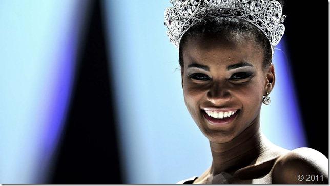 leila-lopes-miss-universo-2011-sorriso