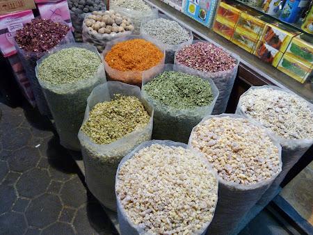 Bazarul de mirodenii din Dubai