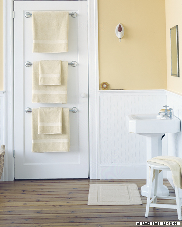 Having plenty of towel racks will keep wet towels off the floor and your guests will have dry towels the next time they take a shower.