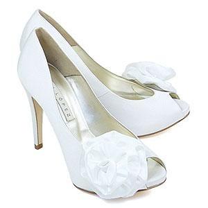 [zapatos-de-novia-pura-lopez%255B3%255D.jpg]