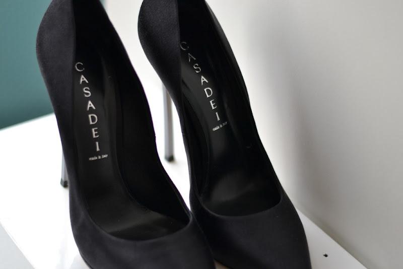 Casadei Shoes, Casadei Pumps, Casadei Blade, Spartoo.it, Spartoo, Casadei Helles, Casadei Black Pumps