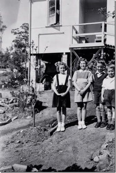 Springwood Sept 1952; Cecily, Mary, James, David