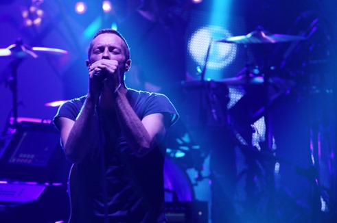 Chris Martin MTV Video Music Awards Japan nP_oib2DTHHl