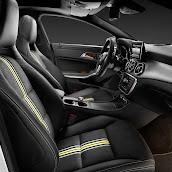 2014-Mercedes-CLA-16.jpg
